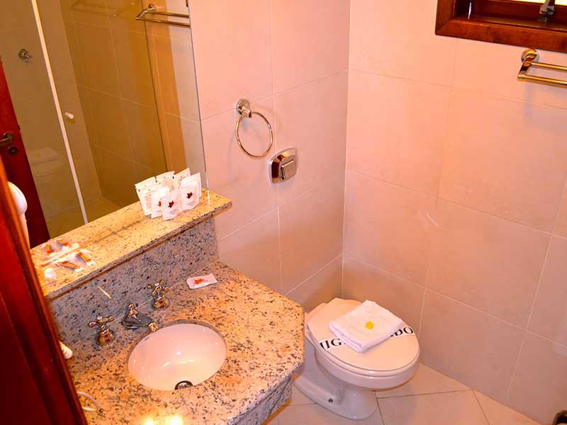 Banheiro do Chalé Oxford no hotel de Campos do Jordão