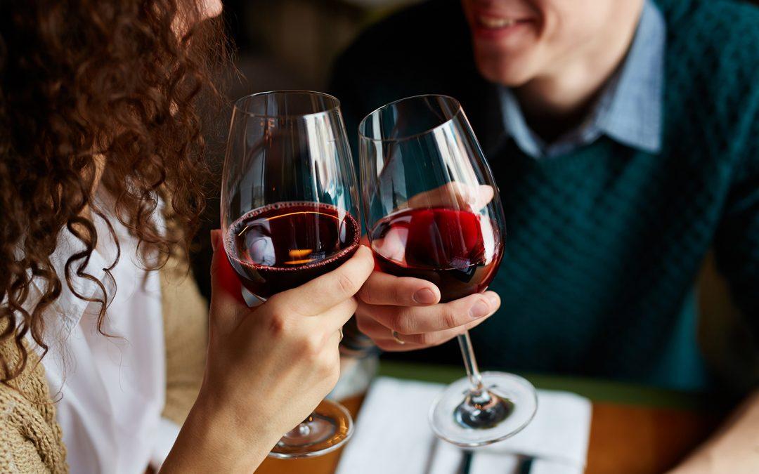 Os Melhores Vinhos para Apreciar a Dois