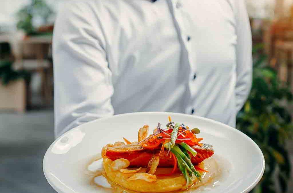 Como a Gastronomia Influencia nas Decisões de Viagem?